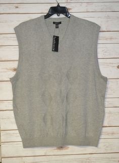 MEN`S VAN HEUSEN GRAY ARGYLE STITCH V-NECK SWEATER VEST SIZES: XL ...