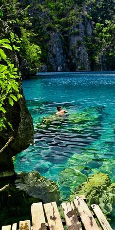Kayangan Lake @ Phillipines this is where my dad is from.. hipefully ill be there this summer :)