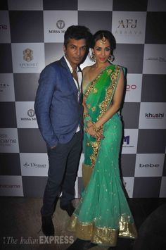 Malaika Arora Khan with famous designer Vikram Phadnis at Madame Style Week 2014. #Bollywood #Fashion #Style #Beauty #MSW2014