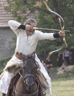 dacian-warrior-horserider-ancient-europe