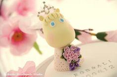 moomin bride cake topper Wedding Cake Toppers, Wedding Cakes, Hippo Cake, Moomin, Sugar Flowers, Gum Paste, Royal Icing, Fondant, Cake Decorating