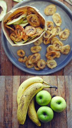 DEHYDRATED APPLES AND BANANAS via @evweidner/ // #overripe #overripebanana #banana #dehydrated