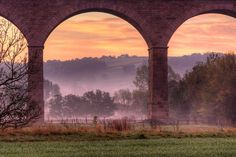 Under the arches in Huby, #England in the early morning. Photo by James Whitesmith. pic.twitter.com/7W2yoFmqc6