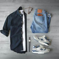 Capsule wardrobe approved outfit grid for men 29 - Fashionetter Mode Masculine, Urbane Mode, Mode Outfits, Fashion Outfits, Fashion Advice, Fashion Clothes, Fashion Shoes, Fashion Websites, Casual Wear