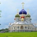 The Church of St. Igor of Chernigov in Peredelkino Russian Architecture, Unique Architecture, Church Of Our Lady, John The Baptist, Taj Mahal, City, Building, Amazing, Blog