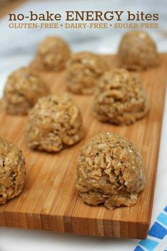 Easy no-bake energy bites recipe -- Make this simple recipe for school lunches and snacks. Can be made gluten-free, dairy-free, and sugar-free!