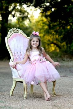 Rent My Dust Priscilla Pink Chair and Precious Little Girl Ballerina Photo Shoot by Angela MajerusPhotography