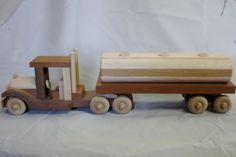 Travail du bois fait main artisanal huile de SEMI tracteur et camion citerne…