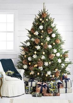 sapin de noel naturel noel christmas natural christmas cool christmas trees elegant christmas - Real Christmas Tree Decorated