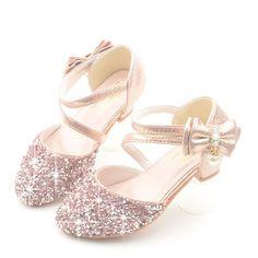 Little Girl Heels, Girls Heels, Pink Heels, Girls Sneakers, Girls Bows, Sneakers Fashion, Fashion Shoes, Bow Sandals, Kids Sandals