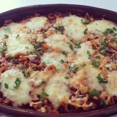 Macaroni ovenschotel met chorizo en 3 soorten kaas