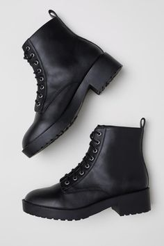 Boots with Lacing - Black - Ladies Black Lace Boots, Black Combat Boots, Black Laces, Cool Boots, Accesorios Casual, Stylish Boots, Fall Shoes, Dress With Boots, Kitten Heels