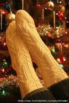 Knitted Socks Free Pattern, Crochet Socks, Knitting Socks, Crochet Clothes, Hand Knitting, Knit Crochet, Sexy Socks, Wool Socks, Cozy Fashion