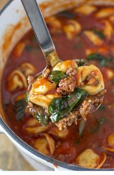 You should learn this Tortellini Soup With Italian Sausage & Spinach . B'coz it's super cushy. * YOU NEED TO CLICK PIN TO SEE * Soup Recipes Easy, Soup Recipes With Ground Beef, Soup Recipes Slow Cooker, Chicken, Soup , Soup Healthy, Soup Recipes, Soup Recipes Healthy