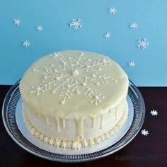 Meyer Lemon Snowflake Cake by Cakewalker