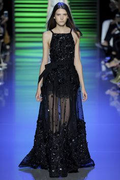 Elie Saab Spring 2016 Ready-to-Wear Fashion Show - Greta Varlese (Elite)