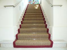 Mit Treppen gibt es meist ein Problem, sie sind rutschig, in Treppenhäusern ist es laut und der Schmutz von Draussen wird bis in den Wohnbereich getragen. Die beste Lösung dem vorzubeugen sind Stiegenteppiche / Treppenteppiche, … Weiterlesen