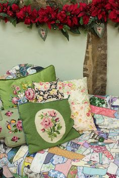 Vintage Home: lovely tapestry cushions