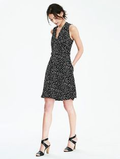 DOT-PRINT TIE NECK VEE DRESS   Banana Republic, women, fashion, clothing, clothes, style, fall fashion