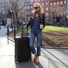 Travel style: Blair Eadie of Atlantic-Pacific show her airport style with Levi overalls, Burberry jacket, Chanel flats and stripe tee. Dungarees, Blair Eadie, Outfits Otoño, Summer Outfits, Chanel Flats, Atlantic Pacific, Bikini, Weekend Wear, Autumn