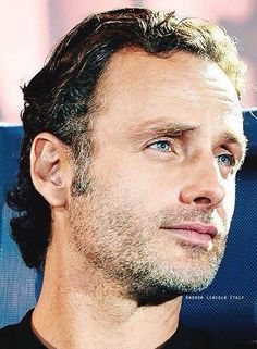 andrew lincoln love actually gif