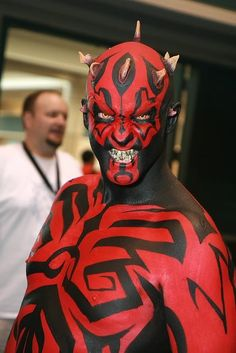 Best Darth Maul cosplay, ever. Coming from a DM lover since first sight. Darth Maul, Star Wars Darth, Star Trek, Epic Cosplay, Comic Con Cosplay, Amazing Cosplay, Cosplay Ideas, Star Wars Costumes, Cool Costumes
