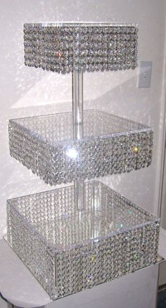 bling cupcake stand I WANT IT!