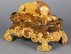 EXTREMELY RARE ANTIQUE REDWARE SLIPWARE LION MOUNTED INK STAND 18TH C.