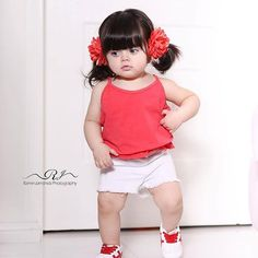 Cute Baby Girl Photos, Beautiful Baby Pictures, Cute Baby Couple, Cute Little Baby Girl, Cute Kids Pics, Cute Baby Pictures, Small Cute Babies, Cute Baby Dresses, Cute Babies Photography