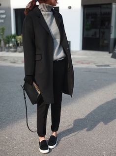 Love...Turtleneck/black coat/black pants/black bag/black with white sole sneakers...Death by Elocution