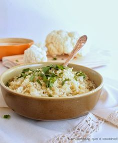 """Nem acredito que é saudável!: Arroz fingido de Couve flor (sem gluten, vegan, low carb). Cauliflower """"rice"""" (vegan, gluten free, low carb)"""