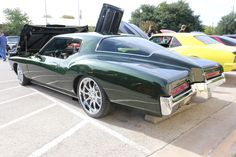 1971 Buick Riviera GS, third generation Riviera with 455 c.i. (7.5l) Buick V-8, 265 HP originally. Heavily customized. As shown at the Leander Car Show in November 2014 in Leander TX USA.