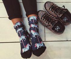 A fabolous mood in #2star shoes ! www.2star.it  #wintercollection #sneaker #glitter #colours #instashoes #instakicks #sneakers #sneakerhead #sneakerheads #trendy #beautiful #cool