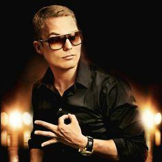Cheek, a Finnish rap artist