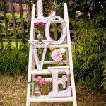 vintage-ladder-valentine-garden