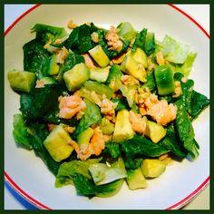 #Salmon# #Avocado# #Salad#  Ingredients:  Salmon  Avocado  Romaine Lettuce  Dressing:   Lime or Lemon (1/2) Sesame Oil (1 x teaspoon)  Olive Oil Sea Salt  --------------------------------  #Zalm# #Advocado# #Salade#  Ingrediënten:  Zalm Advocado Romaine Sla  Dressing:  Limoen of Citroen (1/2) Sesamolie (1 x theelepel) Olijfolie  Zeezout