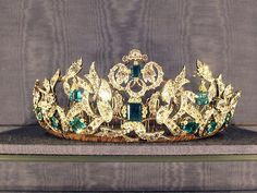 danish crown jewels the symbols of the monarchy consist of the crown ...