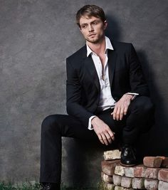"In honor of February 24 being the birthday of Wilson Bethel, here is a slideshow composed of photos of the ""Hart of Dixie"" star. #examinercom"