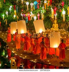 Floating Kratong Stock Photos, Royalty-Free Images & Vectors ...