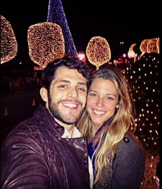Thomas & Lauren Country Music Artists, Country Singers, Cute Relationship Goals, Cute Relationships, Everything Country, Perfect Wife, Thomas Rhett, High School Sweethearts, Home Team