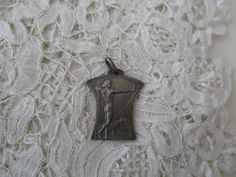1920's pendant for the collector by Nkempantiques on Etsy