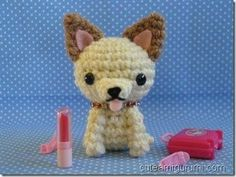 Free pattern for amigurumi chihuahua! Crochet Amigurumi Free Patterns, Crochet Animal Patterns, Stuffed Animal Patterns, Crochet Animals, Diy Crochet, Crochet Crafts, Crochet Dolls, Crochet Projects, Crochet Dog Clothes