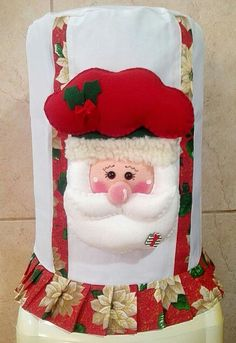 Forro para el botellon de agua Christmas Projects, Christmas Time, Merry Christmas, Bunny Crafts, Felt Fabric, Soft Furnishings, Christmas Stockings, Diy And Crafts, Crochet Patterns