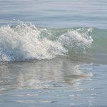 ola y brillos, óleo sobre lienzo, 55x110 cm.
