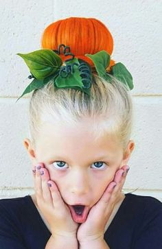 """I love this idea for my Halloween """"costume"""" - # for . - I love this idea for my Halloween """"costume"""" - Easy Hairstyles For Kids, Little Girl Hairstyles, Trendy Hairstyles, Fall Hairstyles, Wacky Hairstyles, Girls Hairdos, 1940s Hairstyles, Short Haircuts, Halloween Mono"""