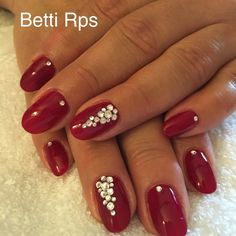 Red brill nails