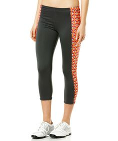 Castle Rock Exceed Capri Leggings
