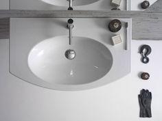 Il #lavabo a installazione sospesa della collezione 4ALL di Globo con foro troppopieno è in ceramica bianca. Misura L 80 x P 48 cm