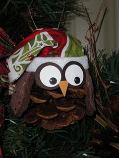 Christmas Owls....This is one of the cutiest things I have seen this year....I am making some,,,,Sue 2012