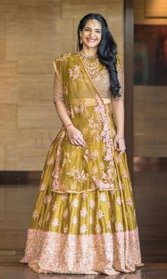 girls! The Bridesmaids are not to be ignored, this wedding season. After all, they are the ones stealing the spotlight after the couple getting married. In an Indian traditional wedding, there are a number of ceremonies to be held apart from the wedding. So, VenueMonk brings you some apparel trends, straight from the ramp! Let's have a look: Gold Lehenga, Green Lehenga, Bridal Lehenga Choli, Kurta Lehenga, Pakistani Bridal, Latest Bridal Lehenga Designs, Designer Bridal Lehenga, Lehenga Pattern, Bridesmaid Outfit